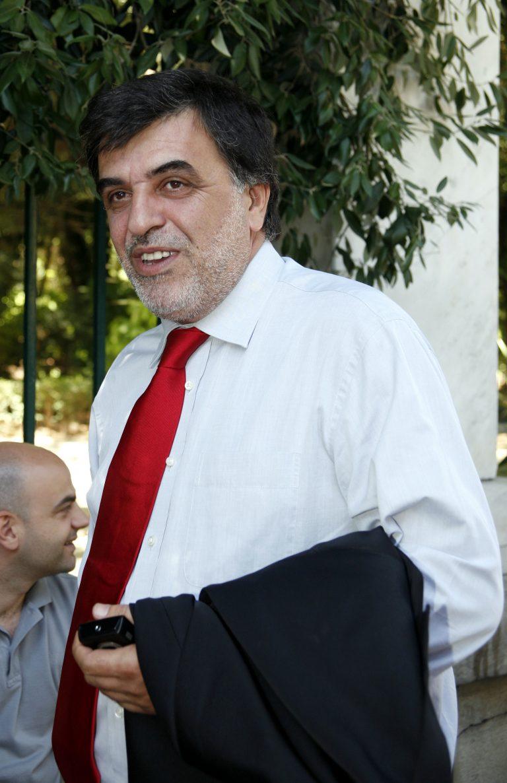 ΑΔΕΔΥ προς Μαξίμου: «Ξεχάστε την κατάργηση του 13ου και 14ου μισθού» | Newsit.gr