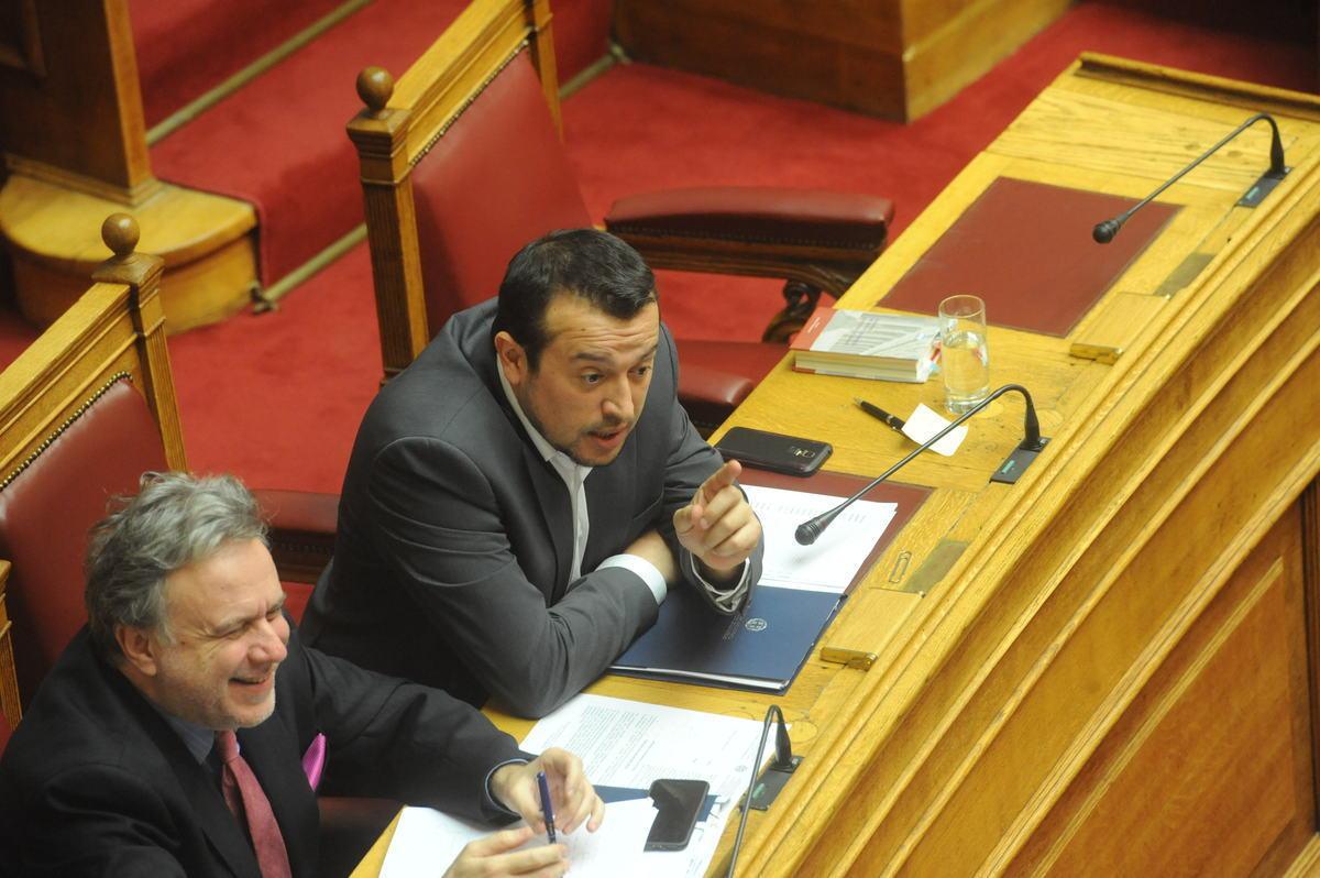 Οι «σκιές» στις αδειοδοτήσεις των τηλεοπτικών σταθμών | Newsit.gr