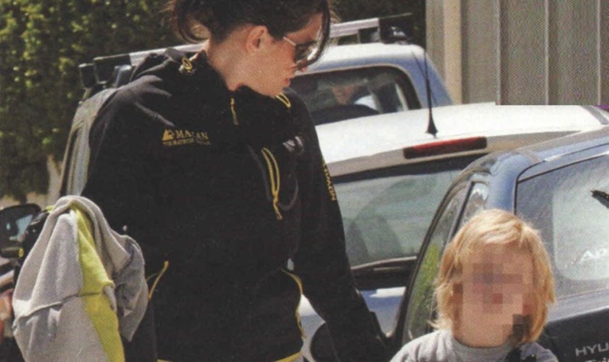 Θ. Παπαθωμά: Στο νηπιαγωγείο με το γιο της! | Newsit.gr