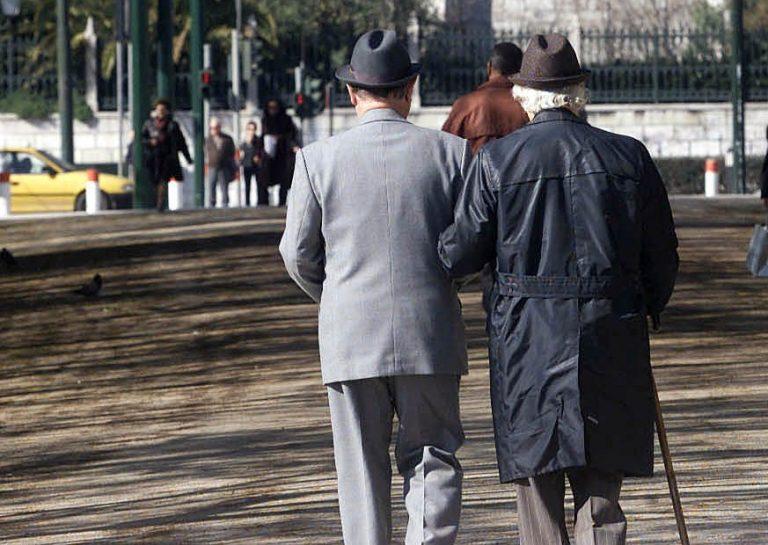 Στόχος των ληστών οι ηλικιωμένοι! Τους παρακολουθούν και μπαίνουν στα σπίτια τους! | Newsit.gr