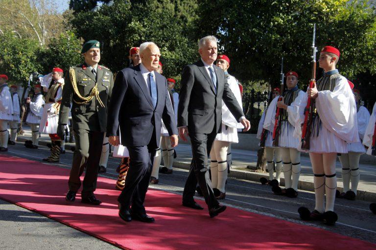 Παπούλιας: Θα ξεπεράσουμε την κρίση, έχουμε περάσει και χειρότερα   Newsit.gr