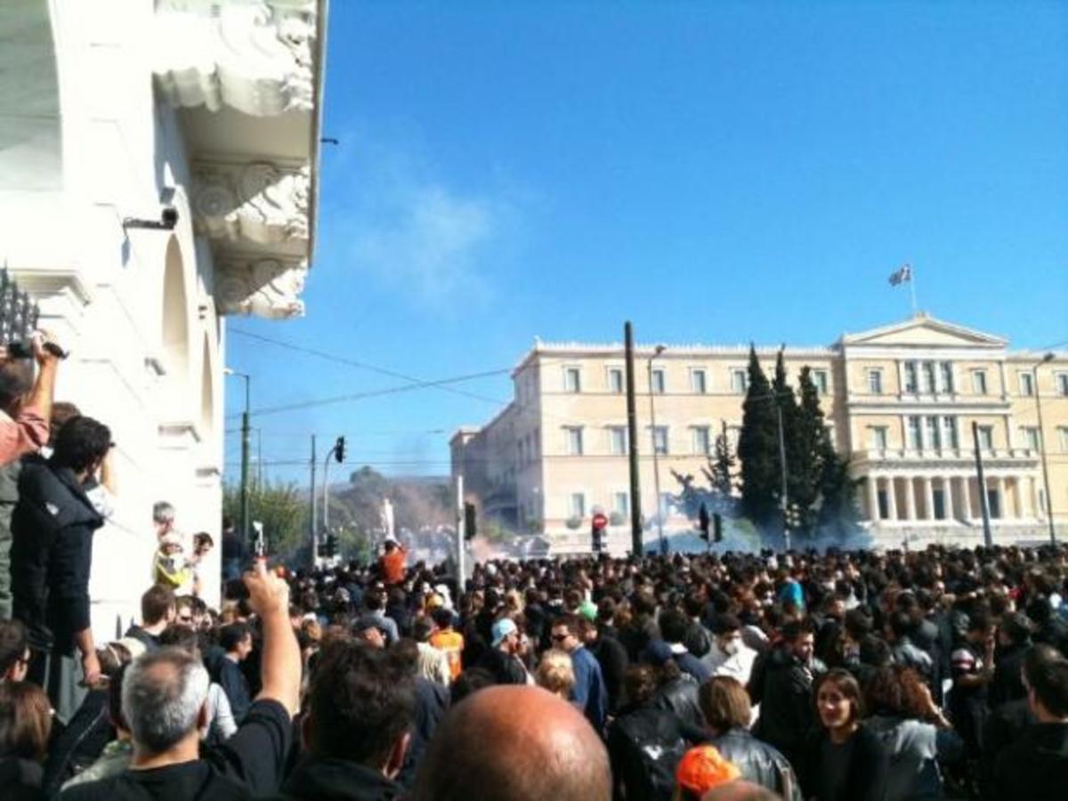 Επώνυμοι στην πορεία- Παπουτσάκη: «Δεν θα μας φοβίσετε» | Newsit.gr