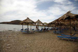 Γέμισαν τα ταμεία του κράτους από ΦΠΑ μετά το ρεσάλτο των ράμπο της εφορίας στα νησιά