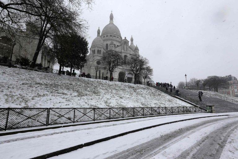 Πόλη του… χιονιού το Παρίσι – Προβλήματα από το χιονιά σε όλη τη Γαλλία (ΦΩΤΟ) | Newsit.gr