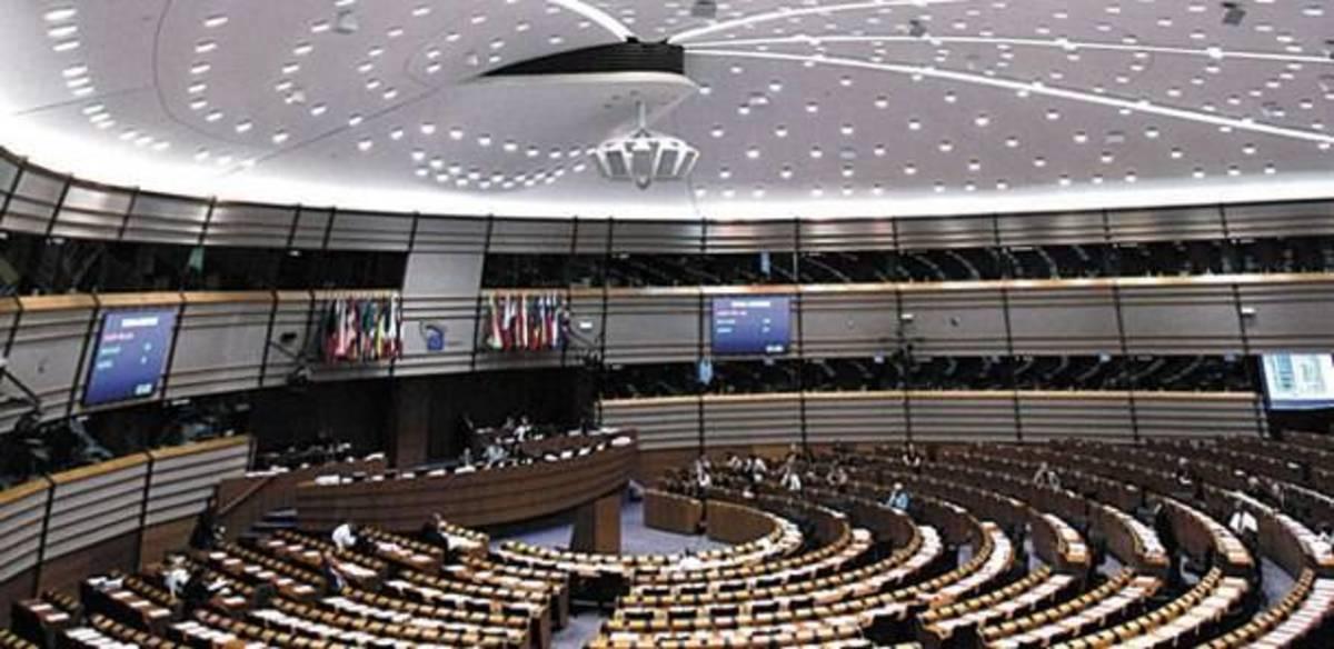 ΕΕ: Ανησυχία για τα μέτρα που λαμβάνονται στη Γερμανία για τη μεταφορά κεφαλαίων από  θυγατρικές ξένων τραπεζών στις μητρικές τους, στο εξωτερικό | Newsit.gr