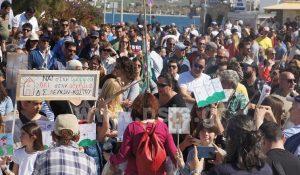 Ξεσηκωμός στην Πάρο για τις ανεμογεννήτριες [pics, vid]