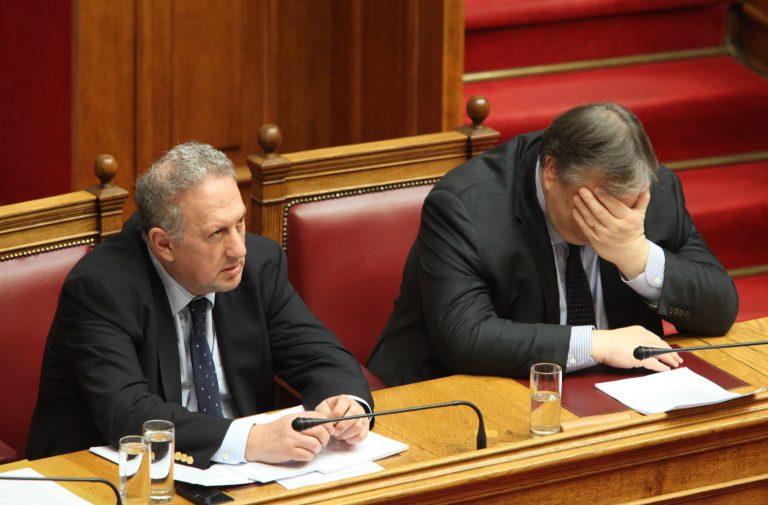 Αποδεκατίζεται το ΠΑΣΟΚ – Έξι βουλευτές εκτός Κ.Ο. του κόμματος | Newsit.gr