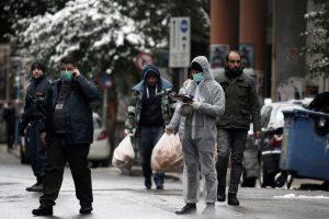 Κυβέρνηση και κόμματα καταδικάζουν την επίθεση στο ΠΑΣΟΚ