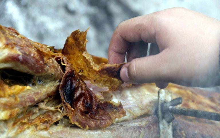 Έως 157,51 ευρώ θα κοστίσει το πασχαλινό τραπέζι | Newsit.gr