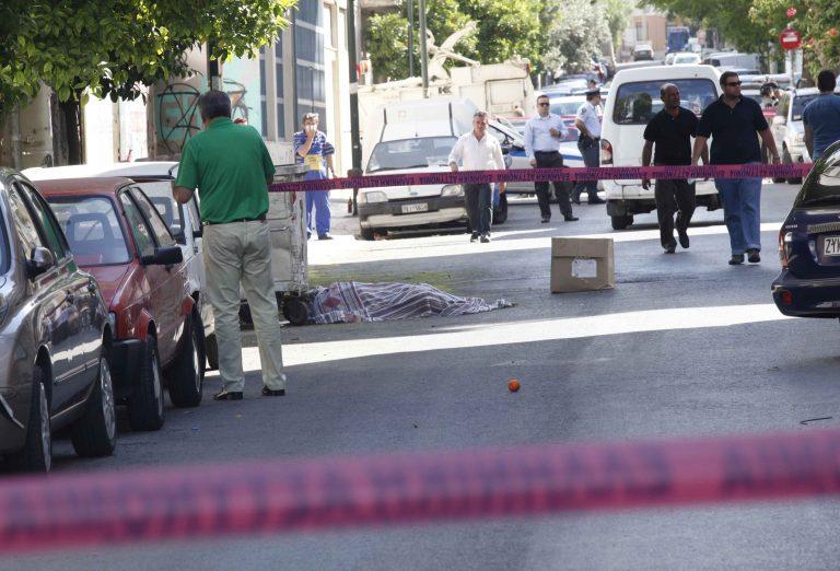 Φρίκη από πτώμα σε σήψη μέσα σε διαμέρισμα   Newsit.gr