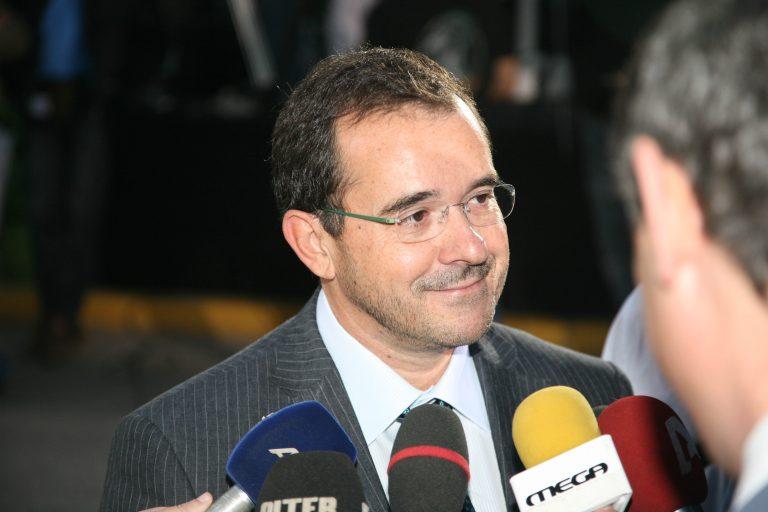 Επιστολή Παύλου Τσίμα στην Εξεταστική: Δεν εμπλέκομαι στο σκάνδαλο Siemens | Newsit.gr