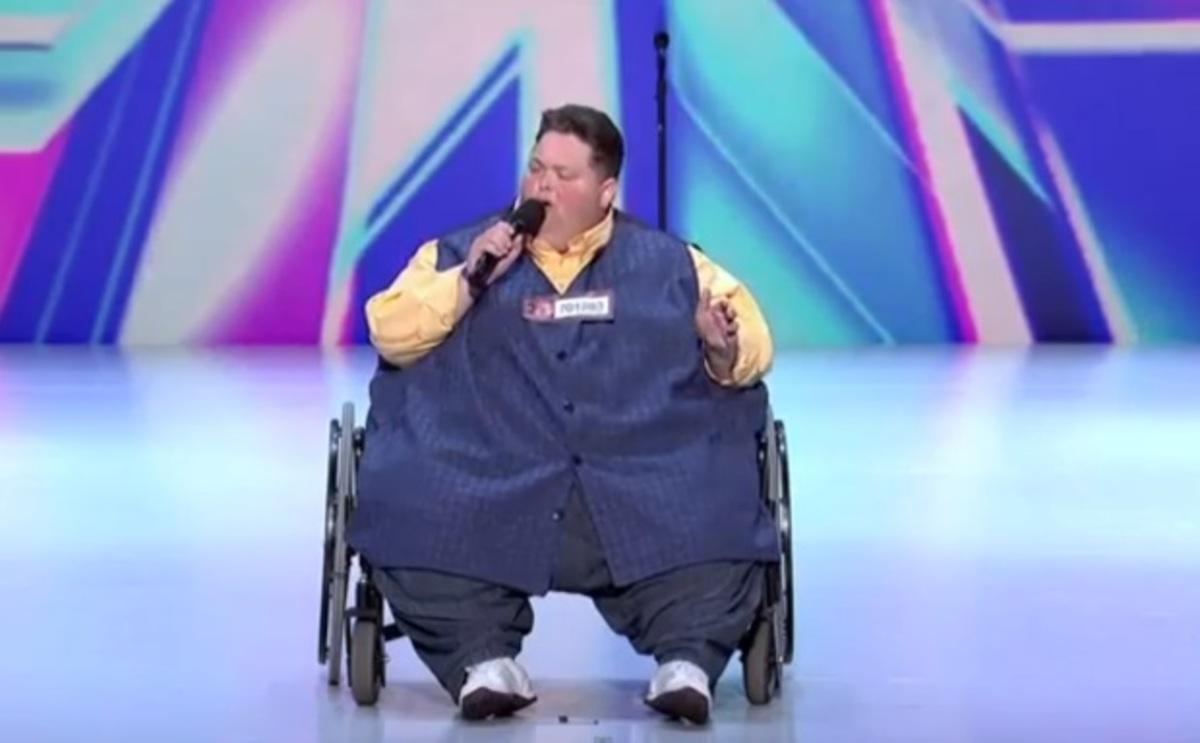 Διαγωνιζόμενος στο X-FACTOR που ζυγίζει 250 κιλά συγκλονίζει με την ερμηνεία του! | Newsit.gr