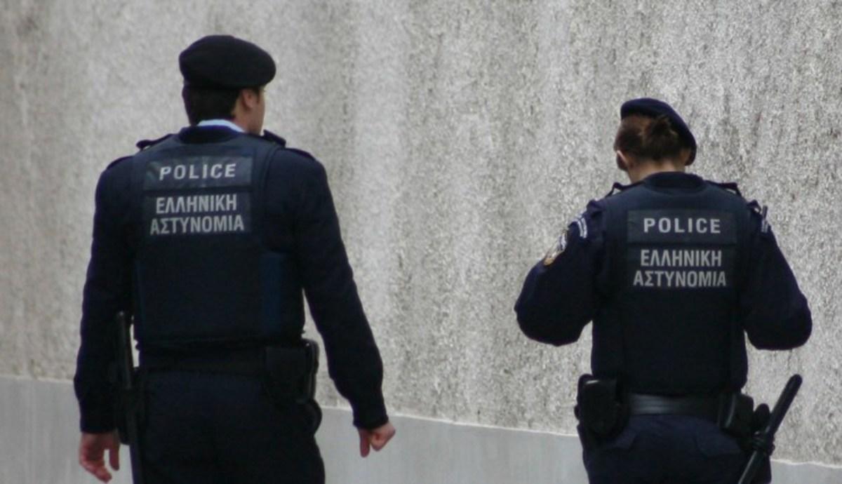 Τους έπιασαν την ώρα της αγοραπωλησίας ναρκωτικών | Newsit.gr