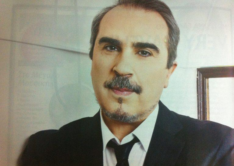 Βαγγέλης Περρής: «Ο Αρναούτογλου είναι ο αγαπημένος μου συγγραφέας» | Newsit.gr