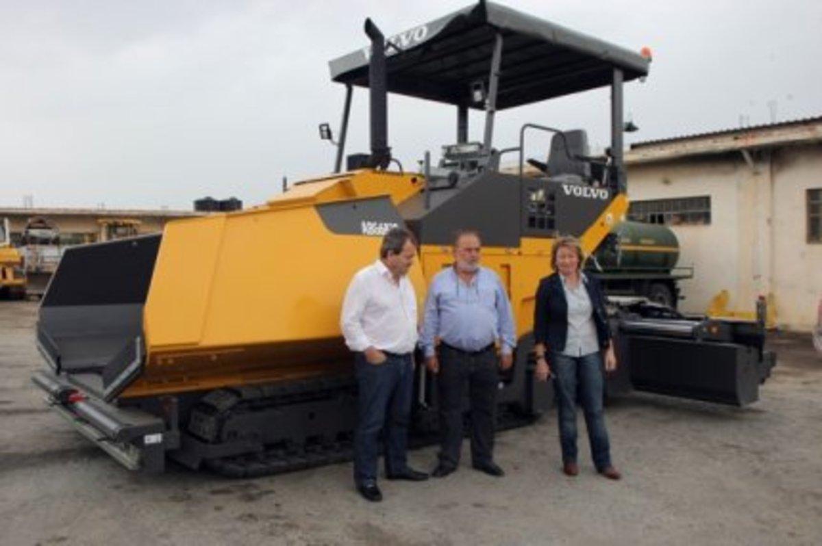 Ηράκλειο: Η νομαρχία »πέταξε» 500.000€ για να πάρει μηχανήματα που δεν χρειαζόταν!   Newsit.gr