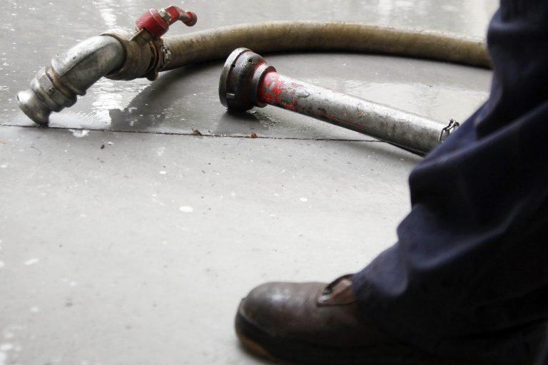 Θάσος: Πήγαν να βάλουν πετρέλαιο… και βρήκαν όπλο! | Newsit.gr