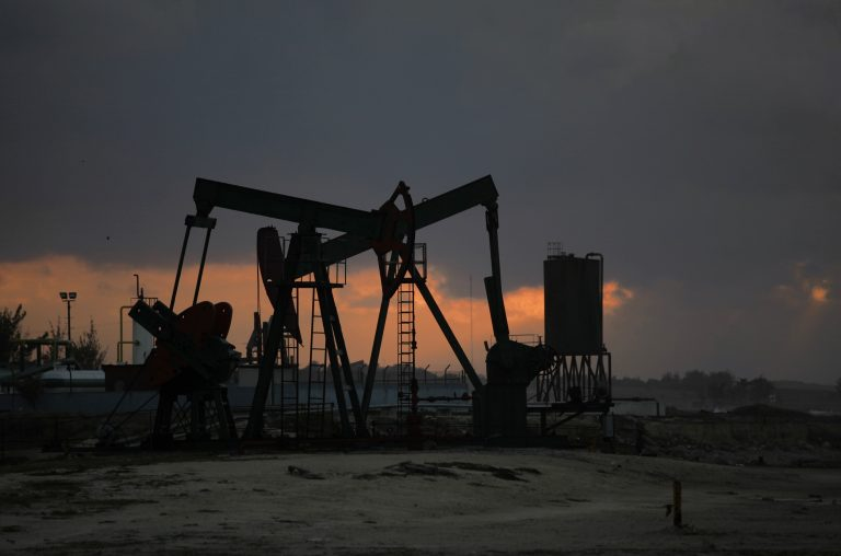Απογειώθηκε το πετρέλαιο – Έφτασε τα 116 δολάρια το μπρεντ | Newsit.gr