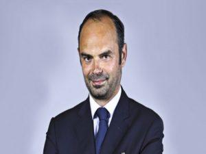 Εντουάρ Φιλίπ: «Είμαι άνδρας της Δεξιάς» λέει ο νέος πρωθυπουργός της Γαλλίας