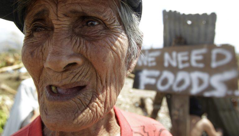 647 οι νεκροί του τυφώνα στις Φιλιππίνες – Φτάνει η διεθνής βοήθεια   Newsit.gr