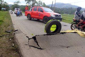 Σεισμός σκόρπισε το θάνατο στις Φιλιππίνες! Συγκλονιστικές φωτογραφίες