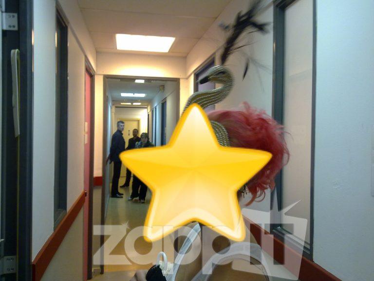 Ποια παίκτρια του Dancing έβαψε τα μαλλιά της κόκκινα για να χορέψει ως κύκνος; | Newsit.gr