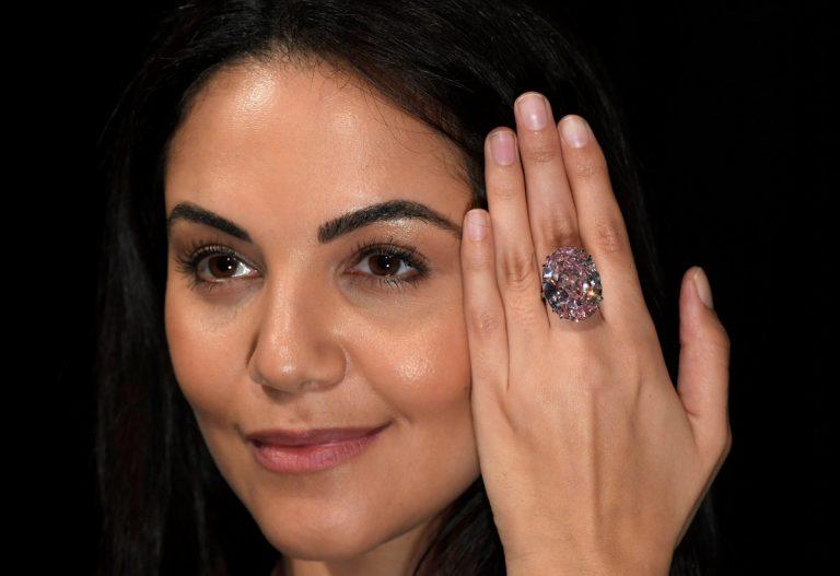 Pink Star: Δημοπρασία… δεκάδων καρατίων για το υπέροχο διαμάντι! [pics]   Newsit.gr
