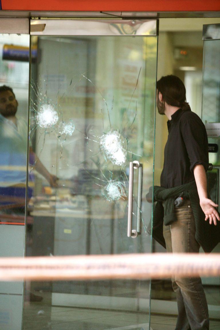 Άργος: Οι ληστές άρχισαν να πυροβολούν!   Newsit.gr
