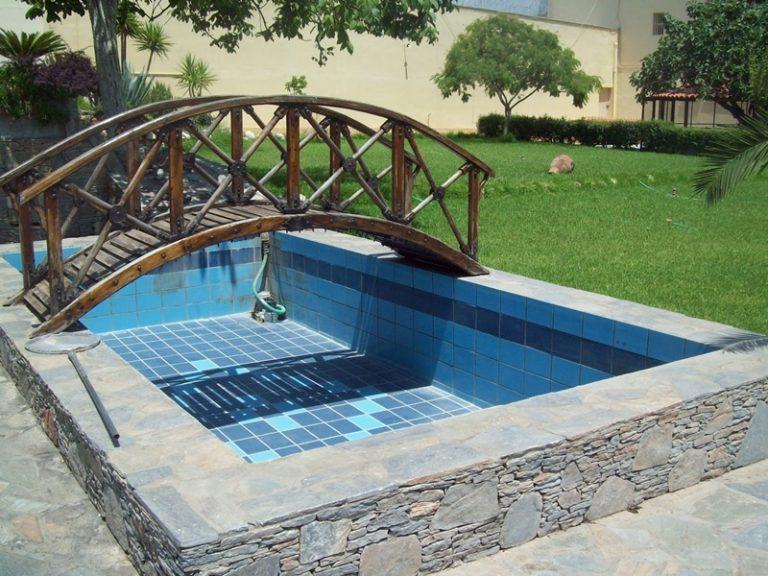 Ποιός δώρισε το εκσκαπτικό για την πισίνα του Κορυδαλλού;   Newsit.gr