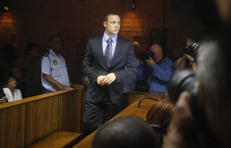 Άρχισε ξανά η δίκη Πιστόριους – Σήμερα η απόφαση αν θα οριστεί εγγύηση – Σάλος με τις αποκαλύψεις για τον επικεφαλής των ερευνών   Newsit.gr