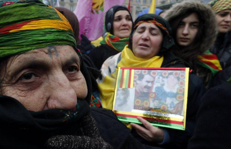 Δυο συλλήψεις για τη δολοφονία μελών του PKK στο Παρίσι | Newsit.gr