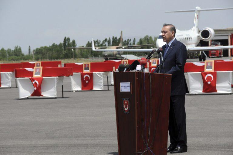 Ερντογάν: «Το PKK θα πνιγεί στο ίδιο του το αίμα» | Newsit.gr