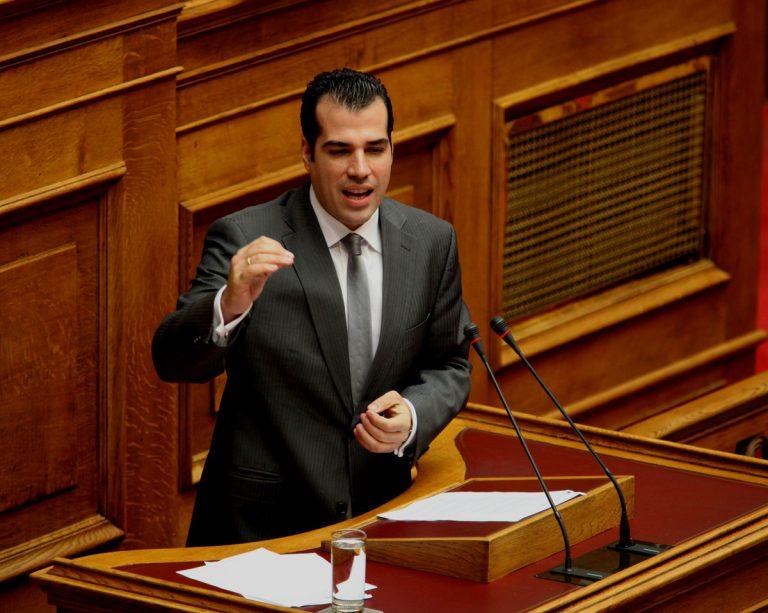 Θάνος Πλεύρης: Η τραγική ειρωνεία – Κρίσιμες ώρες στην Εντατική | Newsit.gr