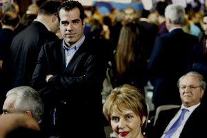 Θάνος Πλεύρης: Δεν έχει ξεπεράσει ακόμα τον κίνδυνο
