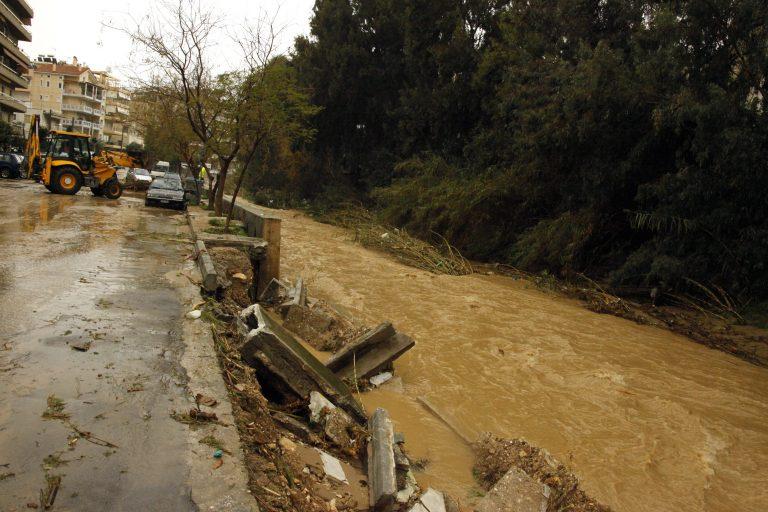 Εκτεταμμένες πλημμύρες στα Σκόπια με έναν νεκρό άντρα | Newsit.gr