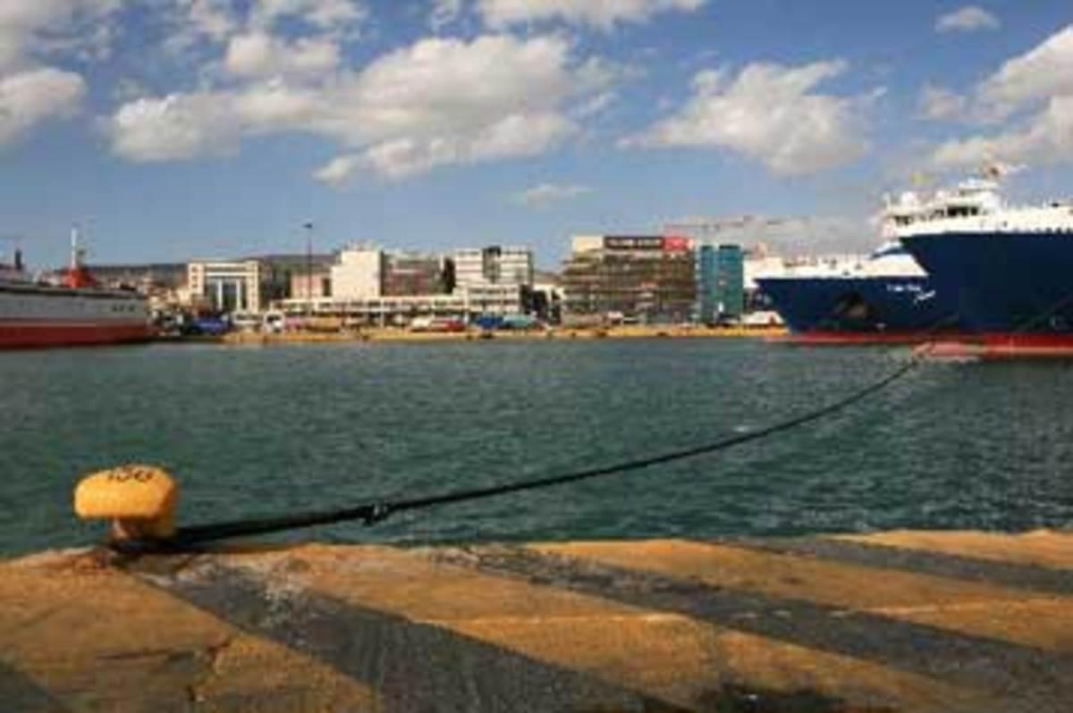 Κανονικά τα δρομολόγια πλοίων   Newsit.gr
