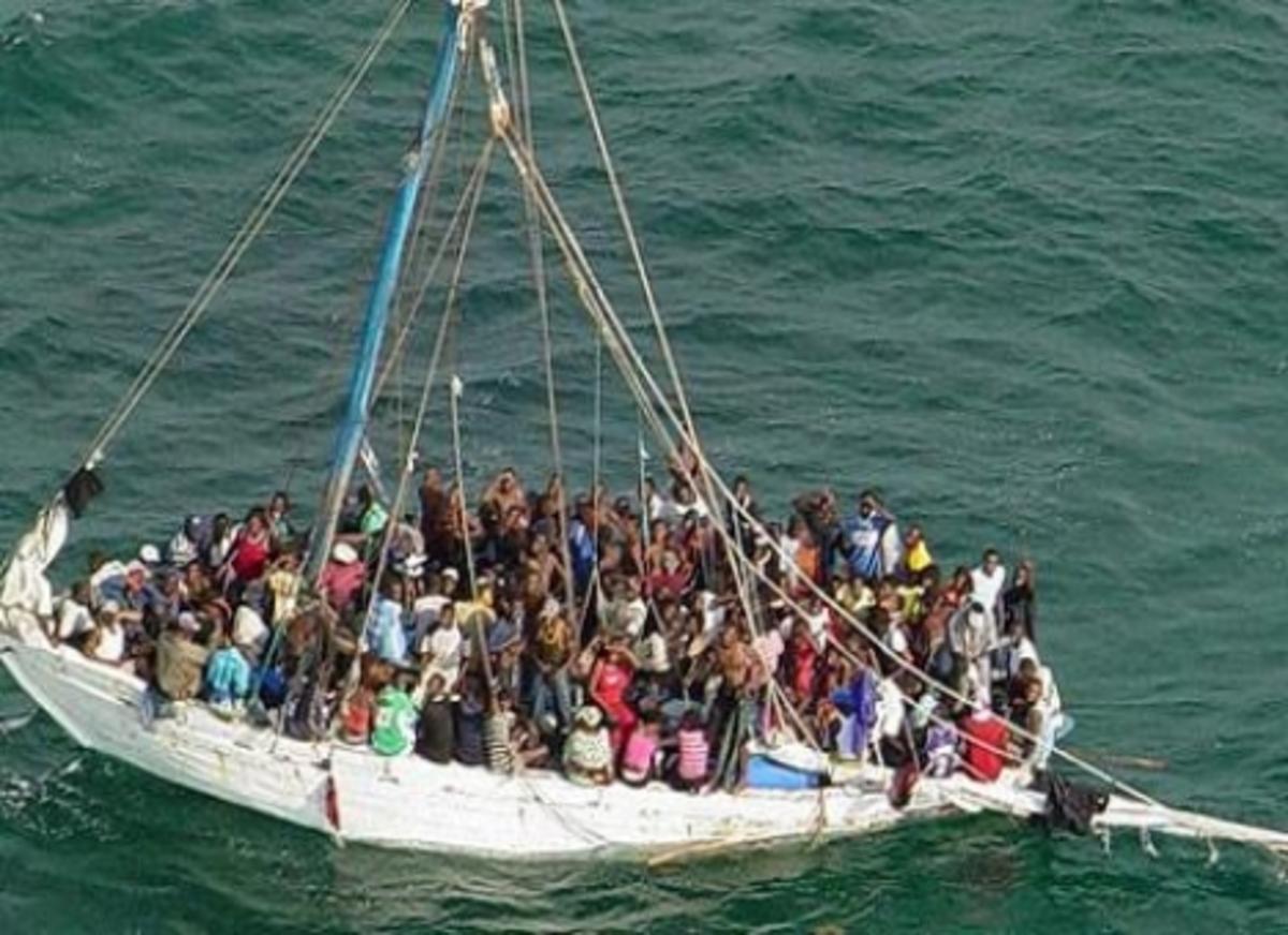 Τραγωδία με μετανάστες ανοιχτά της Λέσβου | Newsit.gr