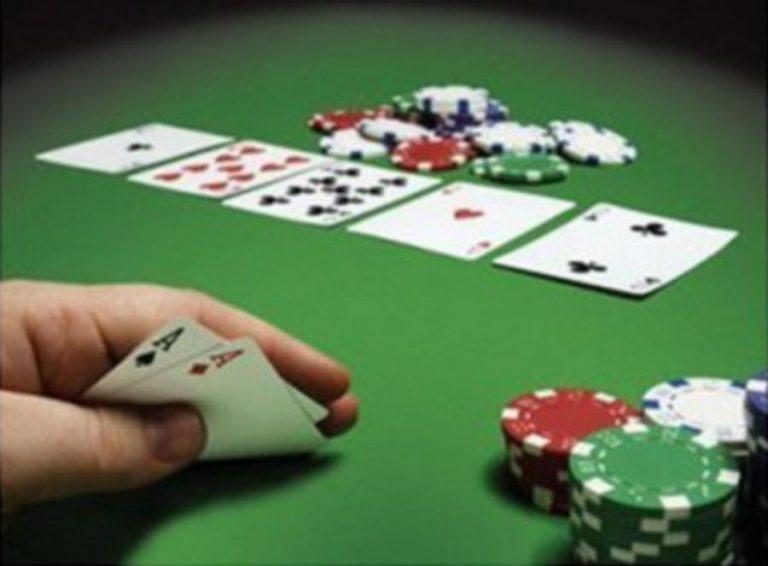 Ρέθυμνο: Χειροπέδες σε 8 άνδρες που… στρώθηκαν πρωί-πρωί στο πράσινο τραπέζι | Newsit.gr