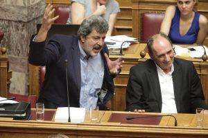 """""""Σφαγή"""" Πολάκη με Βορίδη στη Βουλή! Ο Βελουχιώτης, τα τσεκούρια και τα βραχιολάκια"""