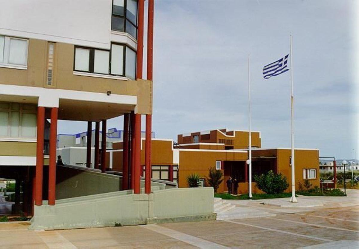 Ηράκλειο: Έκλεψαν 6 υπολογιστές από το Πολυτεχνείο Κρήτης! | Newsit.gr