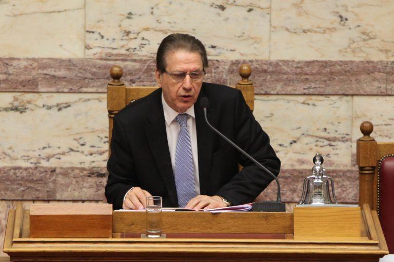 Πολύδωρας: «Φασιστοειδής συμπεριφορά» η επίθεση Κασιδιάρη | Newsit.gr