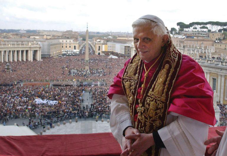 Ο Πάπας απένειμε χάρη στον μπάτλερ του για το σκάνδαλο Vatileaks | Newsit.gr