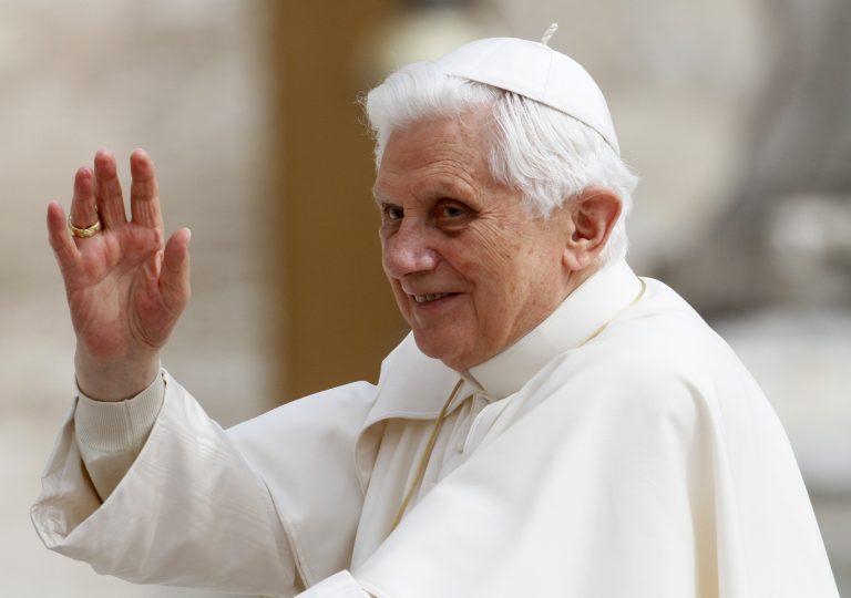 Ο Πάπας ζητά εξιλέωση | Newsit.gr