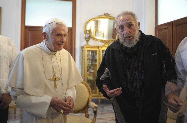 Πάπας… Κάστρο, τα έβαλε με τις ΗΠΑ για το εμπάργκο! | Newsit.gr