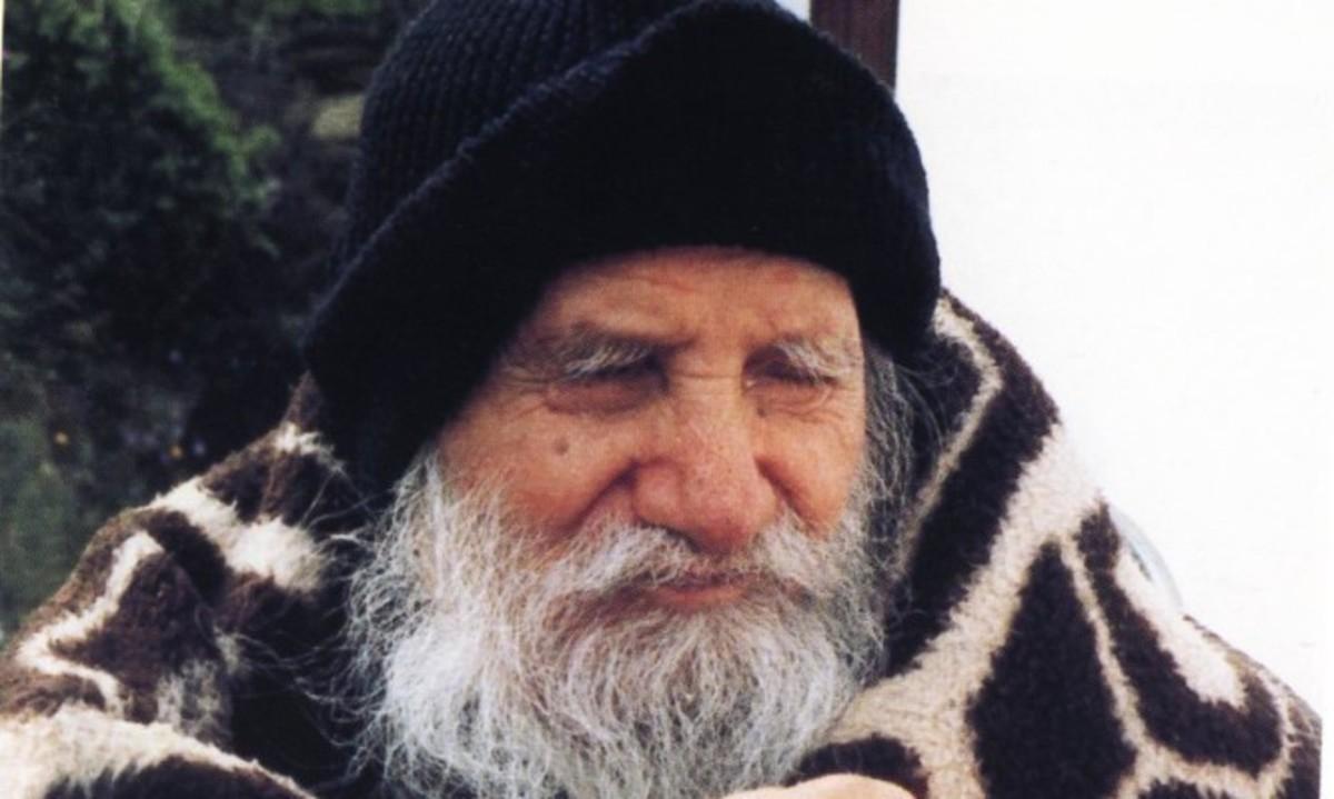 Άγιος Πορφύριος: Δείτε τις φωτογραφίες του πιο σύγχρονου Αγίου της Εκκλησίας | Newsit.gr