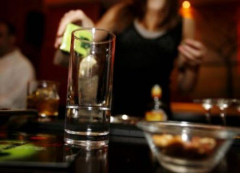 Μαθήτριες γυμνασίου μέθυσαν σε σχολικό πάρτι στην Κρήτη – Το πάθημα της 15χρονης δεν έγινε μάθημα! | Newsit.gr