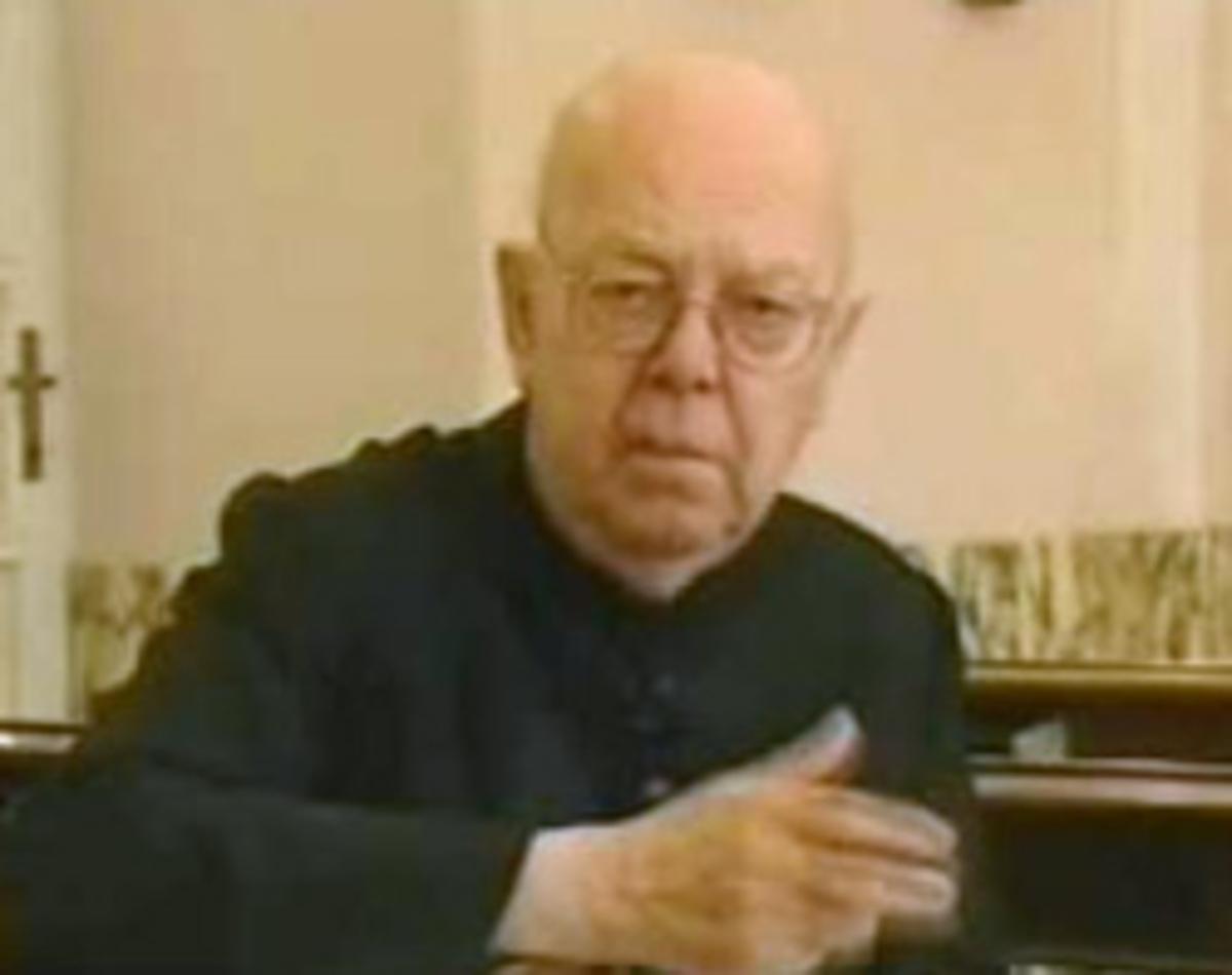 Διάσημος εξορκιστής: Ο Σατανάς πίσω από τις επιθέσεις στον Πάπα! | Newsit.gr