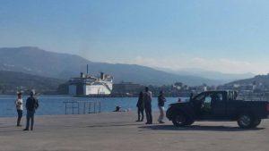 Σητεία: Αναστάτωση από το πλοίο «Πρέβελης» που μπήκε με μεγάλη ταχύτητα στο λιμάνι