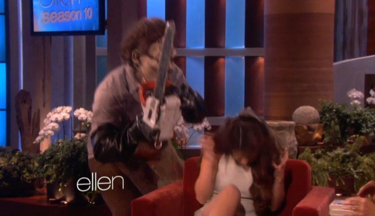 Δύο φορές κατατρόμαξε η Selena Gomez στην εκπομπή της Ellen Degeneres | Newsit.gr