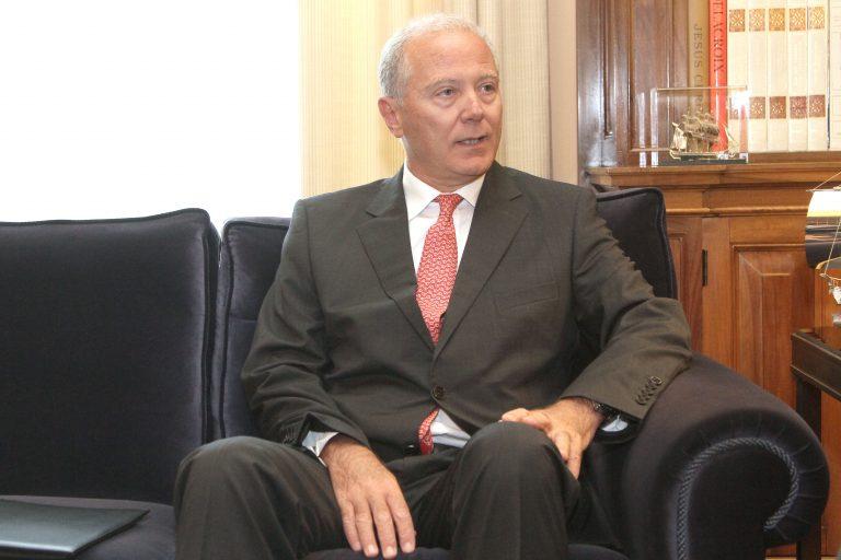 Καρφιά Προβόπουλου στην κυβέρνηση για την ύφεση | Newsit.gr