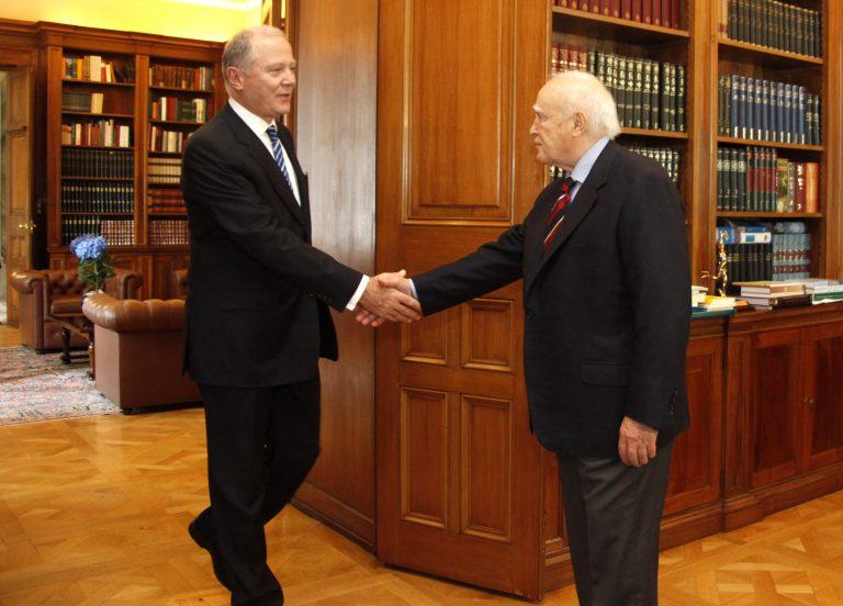 Ο Προβόπουλος έδειξε στον Παπούλια το δρόμο για την ανάπτυξη | Newsit.gr